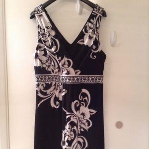 White House Black Market Floral & Scroll Dress
